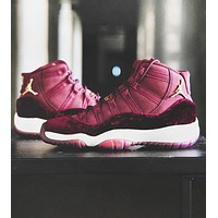 Free shipping-Air Jordan 11 Tide brand men's and women's sports cushioning basketball shoes Red