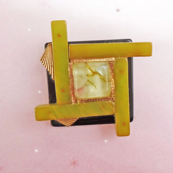 Bakelite & Lucite Brooch - ONE of a KIND Retro - Made with Vintage Bakelite and Sealife Lucite - OOAK