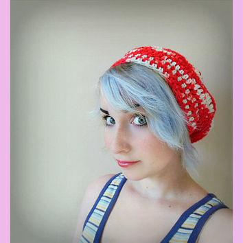Red and White Crochet Beret Hat - Women's Medium
