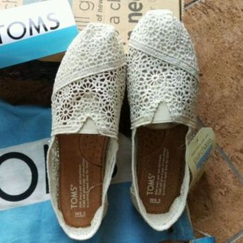 TOMS Natural Crochet Classics Flats Fashion hollow Summer Sexy Loose Shoes white-1
