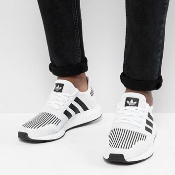 adidas Originals Swift Run Sneakers In White Fashion casual sports shoes-1