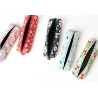 Minibus Breezy windy nemo flower pattern pencil case