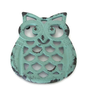 Rustic Owl Trivet, Upcycled Cast Iron Owl Trivets, Aqua Blue Trivet, Hot Pad, Rustic Kitchen, Decor