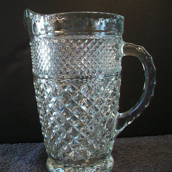 Vintage Anchor Hocking Wexford Pitcher Diamond Cut Holiday Dining Entertaining Home Bar