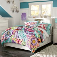 Beadboard Storage Bed Set