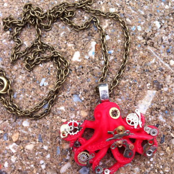 Steampunk Pirate Octopus Pendant Necklace - One of a kind - Clockparts - Watchparts - Watchmovements - Steampunk Jewelry