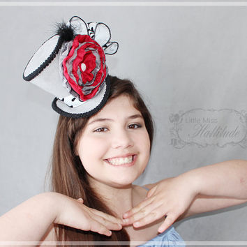 Mini Top Hat , Tea Party Hat , Mad Hatter Hat , Head Fascinator , Grey Mini Top Hats , Flower Hat