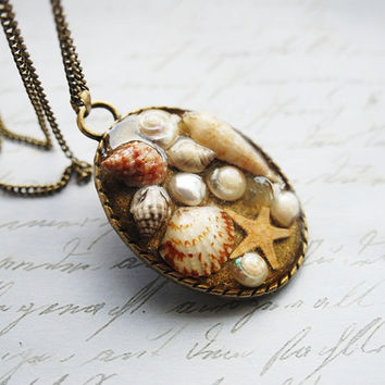 Mermaid Necklace Nautical Jewelry 05 Real Mini Seashells Starfish  Resin Vintage