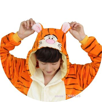 Kigurumi Unicorn Animal Pajamas Tigger Cosplay Women men Adult Pajamas Long sleeve Flannel Winter Autumn Sleepwear Costume