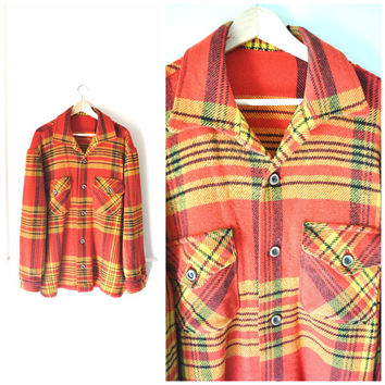 1970s PENDLETON wool plaid sweater / RETRO mens oversized flannel LUMBERJACK jacket