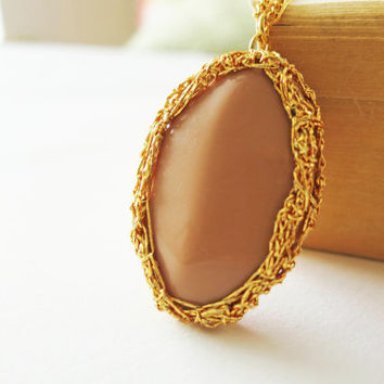 GILDED Opaque Beige Oval Stone Gold Crochet Bezel by sukran