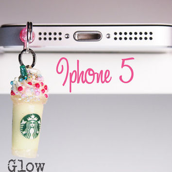 Iphone 5  Glow In The Dark Dangle Frappe Pluggy by Siawlei on Etsy
