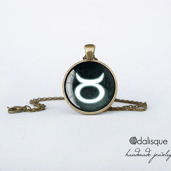 Taurus sign pendant European Zodiac necklace the bull earth sign gift jewelry bronze for him for her jewellery key ring