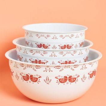 Kitschy Kitchen Enamel Mixing Bowl Set in Quails