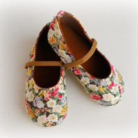 Green Shabby Chic Baby Girl Shoes, Toddler  Ballerina, Floral Vintage style Shoes for little girls
