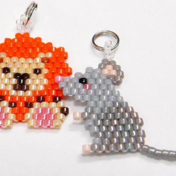 Aesops Fable Lion and Mouse Charm/Pendant, Beaded Animal Set, Brick Stitch Beadwork