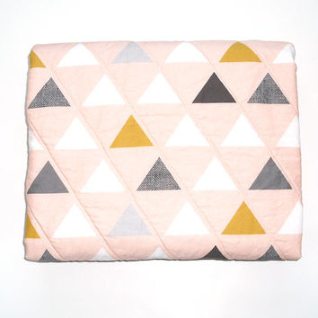 Blush triangle quilted blanket, whole cloth quilt, modern baby quilt, crib quilt, Toddler quilt