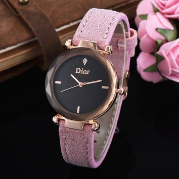 8DESS Dior Woman Men Fashion Quartz Movement Wristwatch Watch