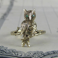 VINTAGE owl on a branch statement ring, solid 9k gold animal ring, owl bird with emerald paste eyes, cocktail ring.