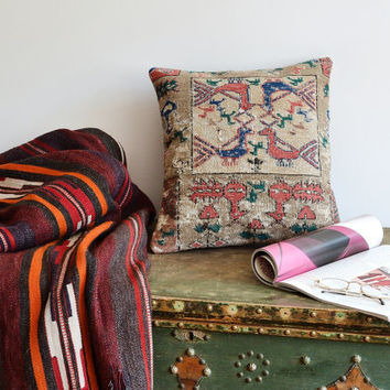 70 Years Old Kilim Pillow Cover - Soumak Pillow - Antique Kilim Rug - Modern Bohemian Home Decor, Old Kilim Pillow - Vintage Home Decor