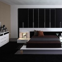 Modrest Impera Contemporary Lacquer Platform Bed