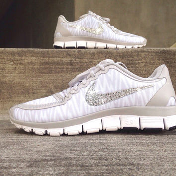 Nike Free Run 5.0 Running Training Jogging Shoes Customized Swarovski Elements Crystal Rhinestones New In Box Gray White Zebra Print Stripes
