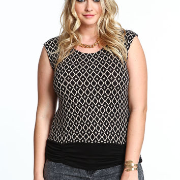 Plus Size Diamonds Knit Top