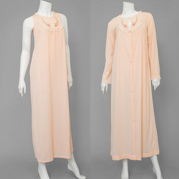 Vintage 60s Negligee Set / 1960s Floral Embroidered Nightgown & Robe / Peach Sleeveless Long Nightgown Bathrobe / Dressing Gown Lingerie S/M