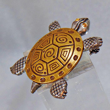 Turtle Brooch. Vintage Brooch. Gold Turtle Brooch. Pewter Turtle Brooch. Turtle Pin. Lia Turtle Brooch. Jewelry for Women. waalaa.