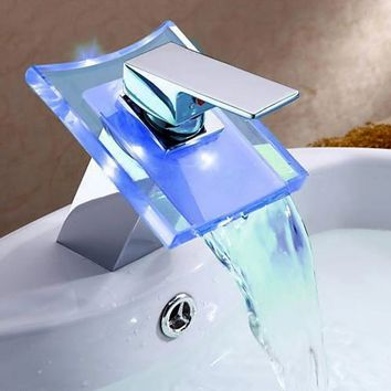 New Kitchen Garden Bathroom Basin Beautiful Led Glass Waterfall Faucet Mixer Tap (Size: 1635 g)
