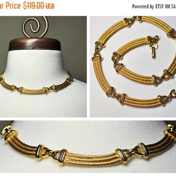 ON SALE Vintage CHRISTIAN Dior Gold Curved Link Necklace, Choker, Textured, Rope Detail, Sophisticated Beauty! #B074