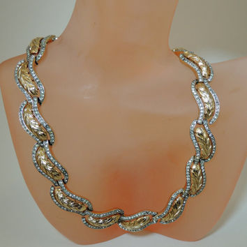 Trifari Vintage Jewelry Rhinestone Gold Tone Necklace