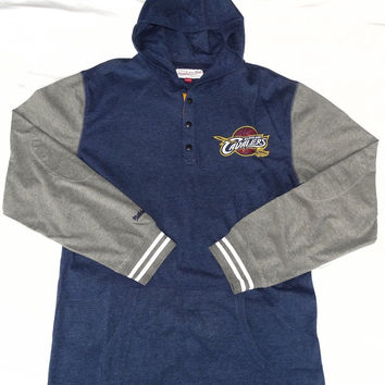 Cleveland Cavaliers Mitchell & Ness Pullover Hooded T Shirt Size L