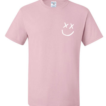 "Louis Tomlinson ""Smiley Face Logo In Corner"" T-Shirt"
