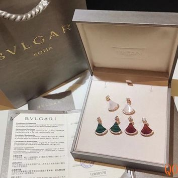 HCXX 19Sep 058 Bvlgari Diva Scalloped stud earrings