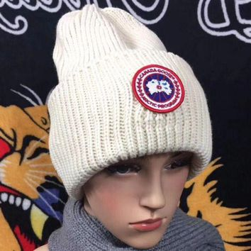 DCCKB62 Canada Goose Trending Fashion Casual  Knit And Pom Hat Cap Warm Woolen Hat