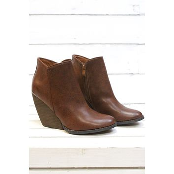 Very Volatile: Gwen Wedge Bootie {Tan}