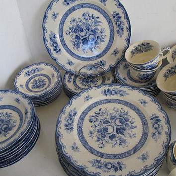 Large Blue and White China Chatham Maruta Japan China Wedding China Rehearsal Dinner Service for 8 Vintage Blue and White Floral China