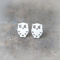 Cute Owl earrings in silver by laonato on Etsy