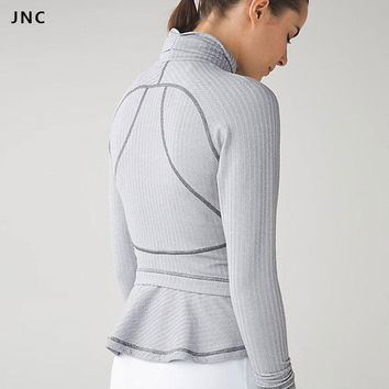 Women Running Yoga Slim Comfy Jacket Zip Up Stretchy WorkOut Sweatshirts with Two Side Pocket Jacket Coat Sports Jacket Sweater