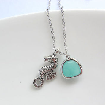 Sea Horse Pendant. Mint Green Glass. Nautical Ocean Summer Necklace. Everyday Jewelry Wedding Bridesmaid Gift, Friendship, Sistership Gift
