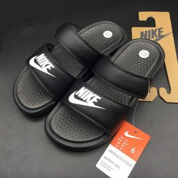 NIKE: Casual Fashion Solid Color Flats Slipper Sandals Shoes