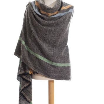 Black Sherpa wrap stole plaid in pure wool