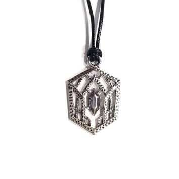 Best elvish necklace products on wanelo the hobbit lord of the rings elvish crest necklace aloadofball Image collections