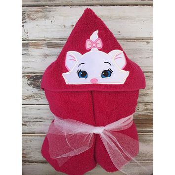 Kitty Custom Embroidered Hooded Towel
