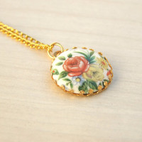 Three Bridesmaids Necklace,Vintage Bridesmaids Cameo Necklace, Bridesmaids Floral Necklace, Gold Floral Pendant