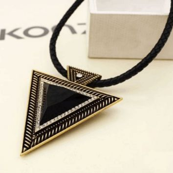 Charm Vintage Triangle Necklace Bohemia Collar
