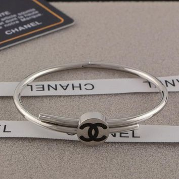 8DESS CHANEL Women Fashion Plated Bracelet