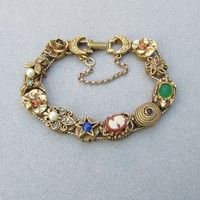 Signed GOLDETTE 11 Slide 1960's Vintage Charms Bracelet