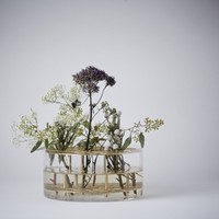 Mjölk : Ang flower Vase in glass and brass by Eva Schildt - 30410